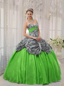 Popular Spring Green Taffeta and Zebra Ruffles Quinceanera Gown Dresses