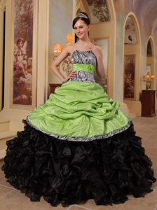 2013 Yellow Green and Black Organza and Taffeta Ruffles Sweet 16 Dresses