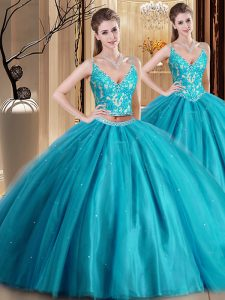 Graceful Spaghetti Straps Sleeveless Tulle Quinceanera Dresses Beading and Lace and Appliques Lace Up