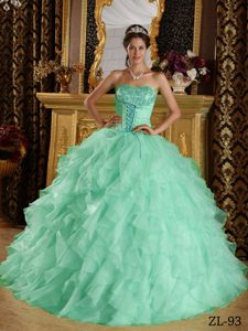 Apple Green Sweetheart Ball Gown Quinceanera Dresses with Ruffles and Appliques