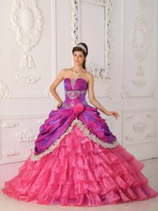 Chic Fuchsia Taffeta and Pink Organza Quinceanera Dress with Layers and Appliques