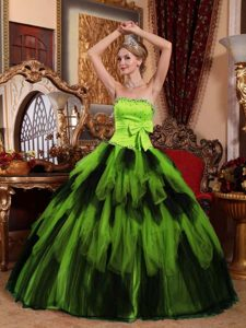 Luxurious Strapless Green and Black Quinceanera Dress with Bowknot and Beading