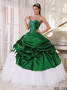 Hunter Green and White Sweetheart Quinceanera Dress with Pick-ups and Appliques
