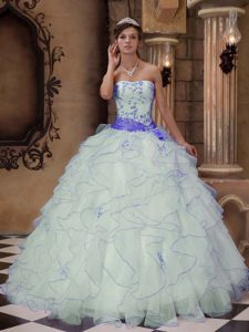 Strapless Ruffled Dress for Quince with Sash and Embroidery in White and Purple