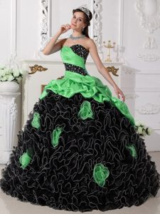 Black and Green Ruffled Sweet Sixteen Quince Dresses with Beads and Pick-ups