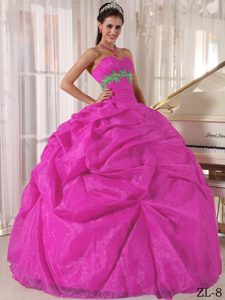 Fuchsia Sweetheart Organza Quinceanera Dresses with Appliques for Cheap