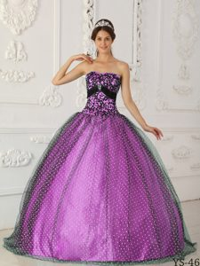 Unique Black and Purple Strapless Dresses for Quinceanera with Appliques