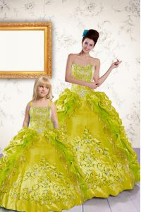 Extravagant Pick Ups Floor Length Ball Gowns Sleeveless Yellow Quinceanera Dresses Lace Up