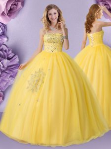 Sleeveless Tulle Floor Length Lace Up Vestidos de Quinceanera in Gold with Beading