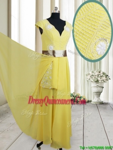 2017 Popular Beaded and Belted V Neck Chiffon Yellow Dama Dress with Cap Sleeves