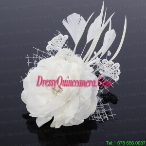 Cheap White Feather and Tulle Fascinators with Pearl