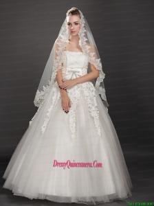 Perfect Lace Appliques Edge Organza Wedding Veil
