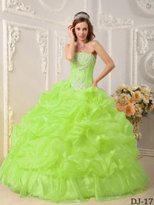 Recommended Yellow Green Quinceanera Dresses with Beading in Organza