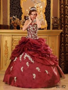 Burgundy Strapless Organza Quinceanera Gowns with Appliques and Beading