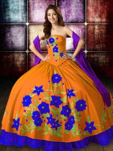 New Style Taffeta Strapless Sleeveless Lace Up Embroidery Sweet 16 Quinceanera Dress in Orange Red