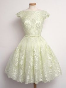 Sophisticated Light Yellow Cap Sleeves Lace Knee Length Court Dresses for Sweet 16