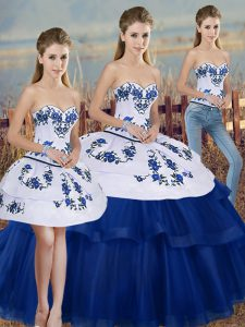 Cheap Sleeveless Embroidery and Bowknot Lace Up Ball Gown Prom Dress