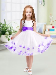 Hot Selling Knee Length Zipper Girls Pageant Dresses White for Wedding Party with Appliques and Belt