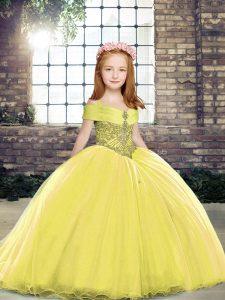 Beautiful Yellow Lace Up Little Girls Pageant Dress Wholesale Beading Sleeveless Brush Train