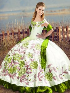 Olive Green Off The Shoulder Lace Up Embroidery Sweet 16 Dresses Sleeveless