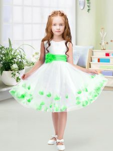 Classical White Little Girls Pageant Gowns Wedding Party with Appliques and Belt Scoop Sleeveless Zipper