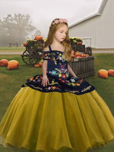 Straps Sleeveless Pageant Gowns For Girls Floor Length Embroidery Olive Green Organza