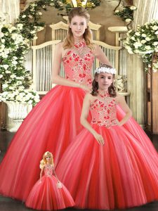 Discount Sleeveless Embroidery Lace Up Quinceanera Dresses
