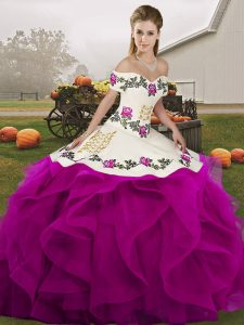 Sleeveless Tulle Floor Length Lace Up Quinceanera Gowns in White And Purple with Embroidery and Ruffles