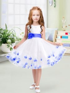 Low Price White Tulle Zipper Little Girls Pageant Gowns Sleeveless Knee Length Appliques and Belt