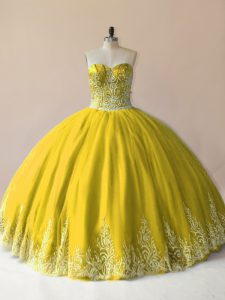 Best Selling Sweetheart Sleeveless Tulle Quinceanera Gown Embroidery Lace Up