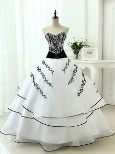 Floor Length White Quinceanera Dresses Organza Sleeveless Beading and Appliques