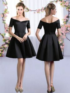 Mini Length A-line Short Sleeves Black Quinceanera Court Dresses Zipper