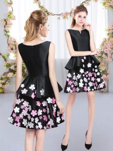 Custom Designed Black Scoop Neckline Pattern Dama Dress for Quinceanera Sleeveless Zipper