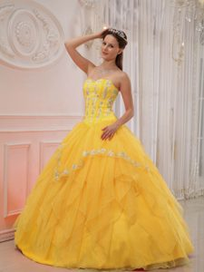 Yellow Sweetheart Organza Quinceanera Dress with Appliques on Promotion