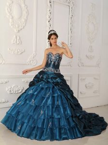 Sweetheart Brush Rain Teal Taffeta Quinceanera Dresses with Appliques and Pick-ups