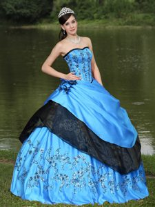 Aqua Blue Strapless Ball Gown Appliqued Taffeta Quinceanera Dresses with Flowers