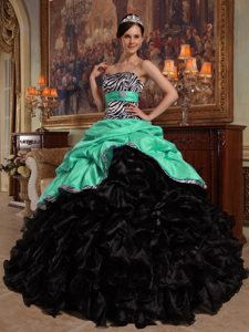 Popular Green and Black Taffeta and Organza Quinceanera Dress with Pick-ups