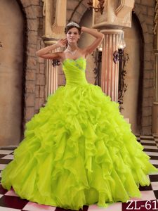 Sweetheart Organza Perfect Quince Dresses with Ruffles in Yellow Green