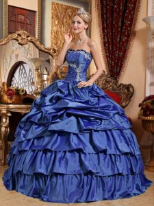 Pretty Appliqued Blue Dress for Quinceanera with Pick-ups and Layers in Taffeta
