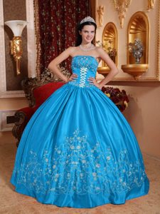 Strapless Affordable Embroidery Ball Gown Quince Dresses in Teal
