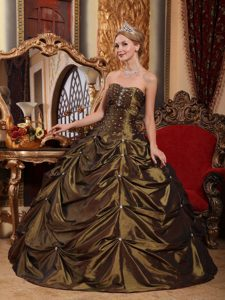 Clearance Brown Ruching Sweet 16 Dresses with Appliques and Pick-ups in Taffeta