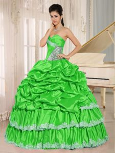Beading Sweet Sixteen Quinceanera Dress with Pick-ups and Layers in Spring Green