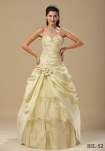 Elegant Quinceanera Dresses with Hand Made Flowers and Ruched Bodice