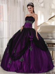 Ruched Strapless Dark Purple and Black Drapped Quinceanera Dress with Appliques