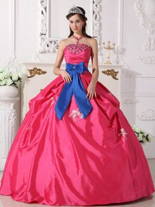 Appliqued and Ruched Quinceanera Gown Dress with Beads and Blue Bowknot