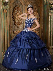 White Appliques Navy Blue Off The Shoulder Taffeta Quinceanera Dresses