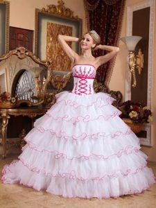 White Strapless Appliques Detachable Train Quinceanera Dress in Organza