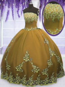 Brown Ball Gowns Strapless Sleeveless Tulle Floor Length Zipper Appliques Sweet 16 Dresses