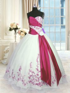 Sweetheart Sleeveless Organza Quinceanera Dress Embroidery and Sashes ribbons Lace Up
