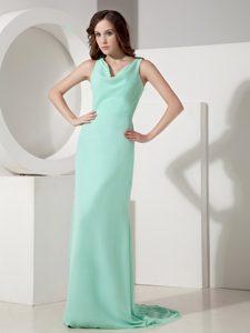 Popular Apple Green V-neck Chiffon Quinceanera Damas Dress for Fall
